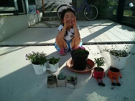 母の日に寄せ植え3