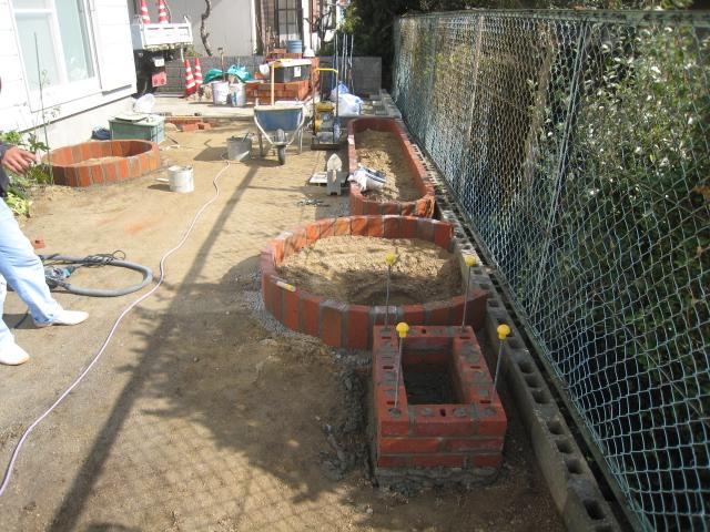 レンガの立水栓