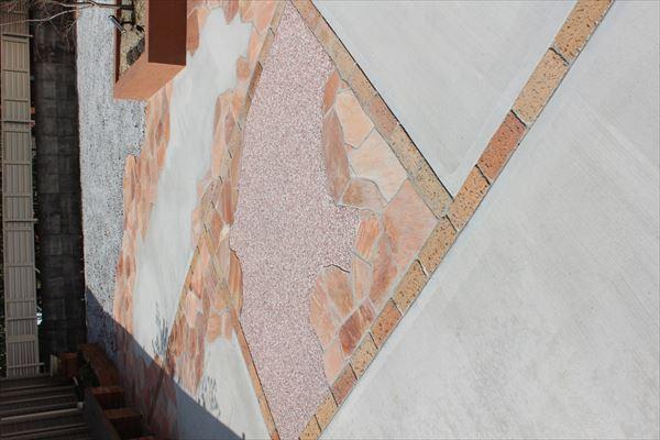 舗装デザイン 乱形石とレンガ