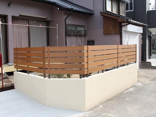 樹脂製のフェンス