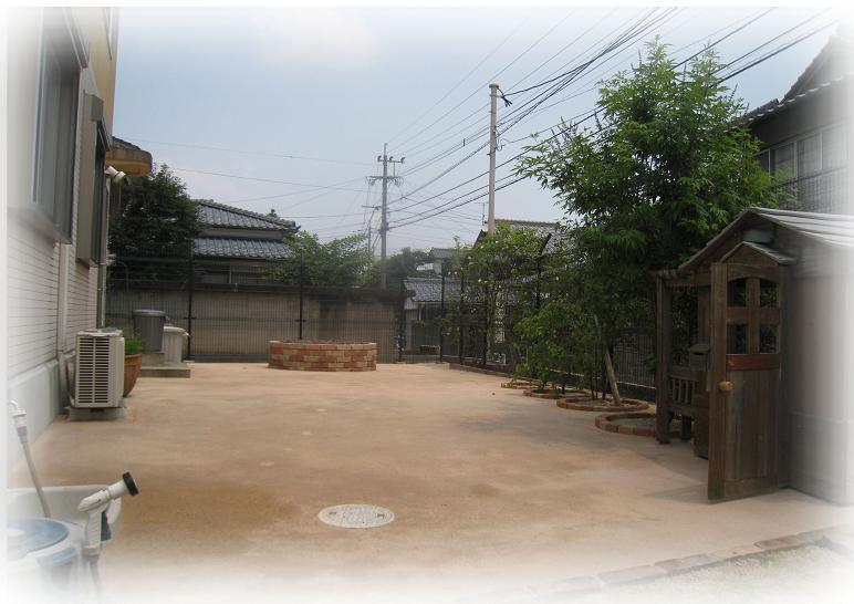 東側ガーデンスペース
